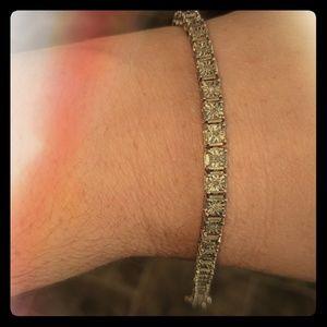 1/2 Karat diamonad bracelet